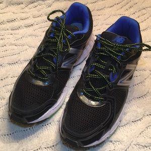 New Balance 680 V2 running shoe